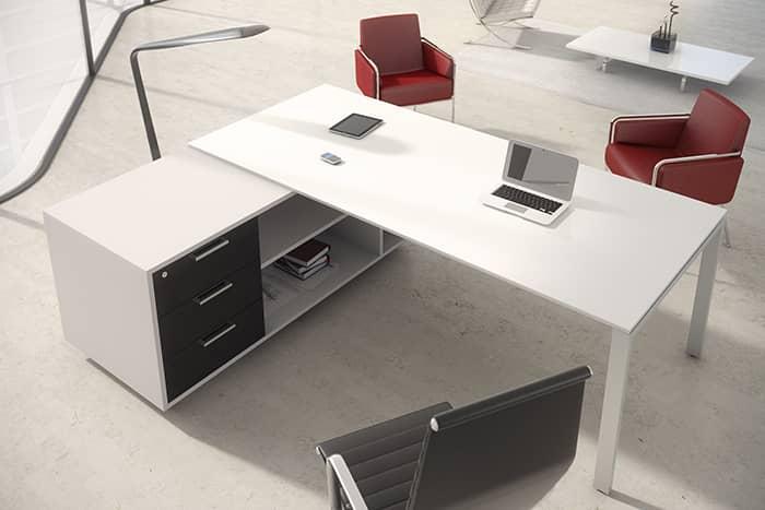 Detalle de mesa Ipop con mueble ala